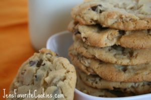 Walnut cookie and chocolate chip