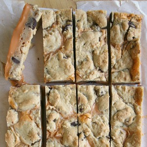 pumpkin-fudge-cookie-bars