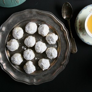 Russian Tea Cakes from JensFavoriteCookies.com