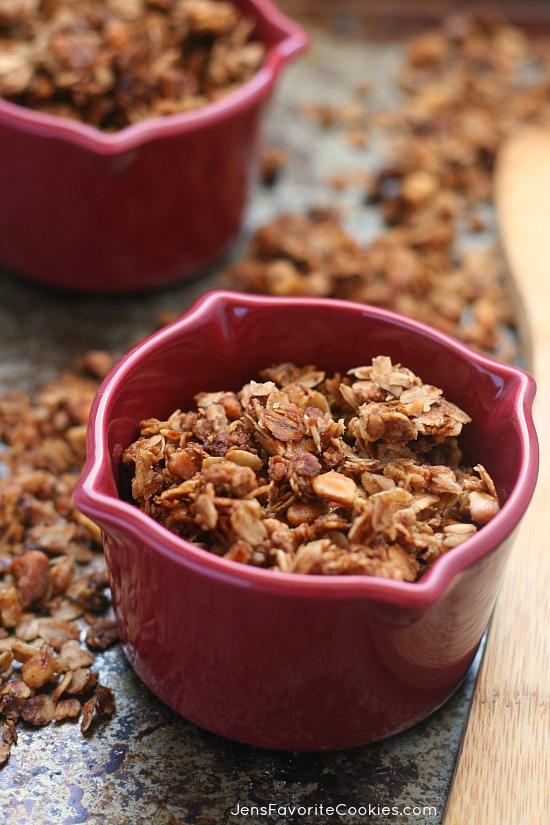 Cinnamon Spice Granola from Jen's Favorite Cookies