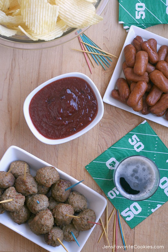 Sweet & Tangy Meatball Dip from Jen's Favorite Cookies - also great with Lil Smokies!  Perfect for game day get togethers!