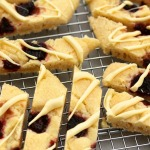 cranberry-white-choc-shortbread