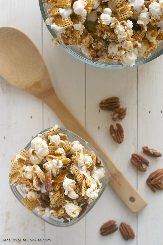 Caramel Corn Snack Mix from JensFavoriteCookies.com - this mix includes cereal and pecans for a delicious snack!