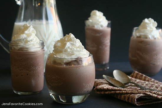 Frozen Hot Chocolate from JensFavoriteCookies.com - SO fast and easy, you could be drinking this 5 minutes from now!