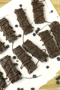 No-Bake-Chocolate-Blueberry-Bars-2
