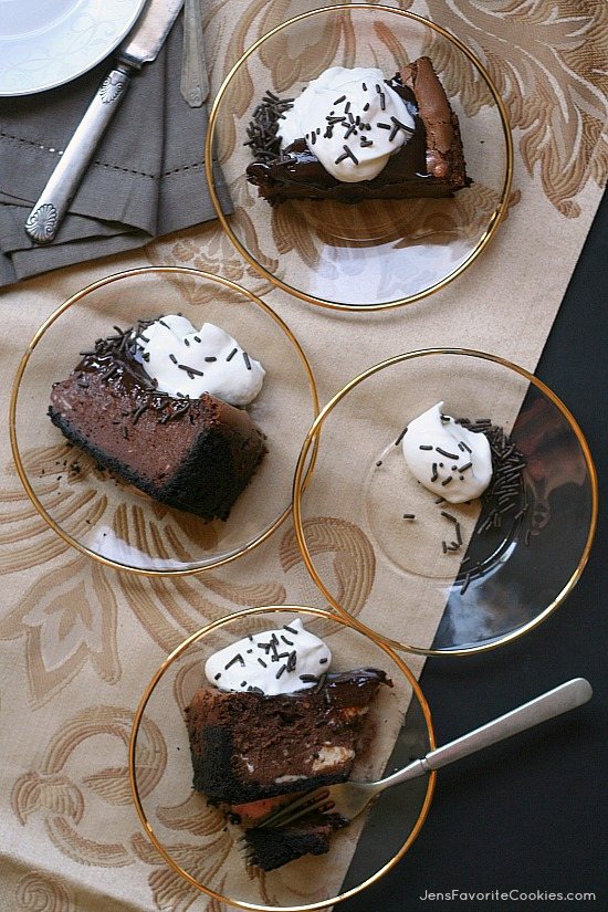 Chocolate Cheesecake from JensFavoriteCookies.com - Rich, decadent, and chocolatey!